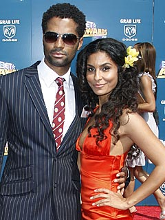 Eric Benét Sings the Praises of His Girlfriend