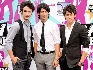The Jonas Brothers Just Want 'To Make Mom Proud'