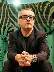 Damien Hirst's $200 Million Art Sale Breaks Record