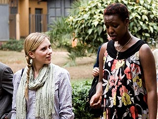 Scarlett Johansson Visits AIDS Clinics in Rwanda