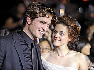 Kristen Stewart: Why Robert Pattinson Is the Sexiest Vampire Alive