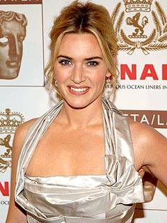 Kate Winslet Dishes on Sex Scenes with Leo