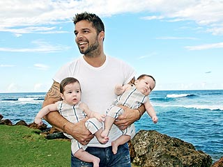 First Photo of Ricky Martin&#39;s Twins!