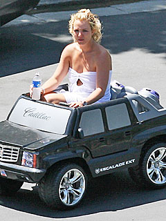 Britney Spears Loves Japan for Its Tiny Cars