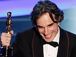 Daniel Day-Lewis, No Country for Old Men Win Top Oscars | Daniel Day-Lewis