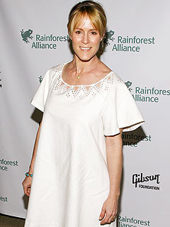 Mary Stuart Masterson Welcomes a Son