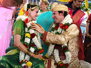 PHOTO: Ione Skye's Hindu Wedding in India