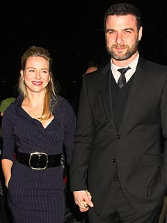 Naomi Watts & Liev Schreiber's Son Briefly Hospitalized