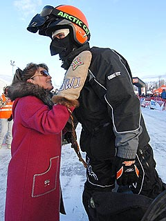 Todd Palin Sets Off on Snowmobile Race