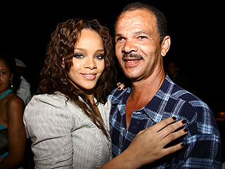 Rihanna's Dad Upset with LAPD over Photo Leak