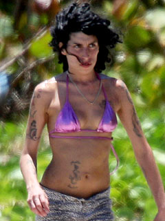 Amy Winehouse Back in St. Lucia