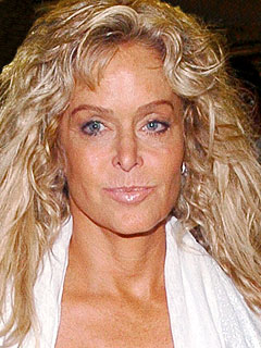 Farrah Fawcett Is Back in the Hospital