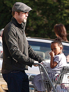 Mr. Mom Brad Pitt Thrills Local Ladies