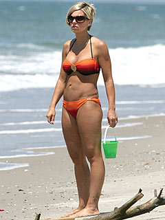 PHOTO: Kate Gosselin Hits the Beach – in a Bikini!