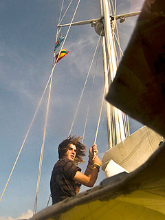 Teen Sailor Completes Solo Voyage Around the World