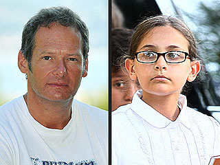 Sources Deny Report That Mark Lester Fathered Jackson's Daughter
