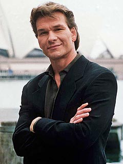Hundreds Mourn Patrick Swayze at Memorial in L.A.