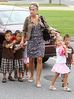 Kate Gosselin Files for Child & Spousal Support