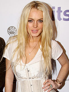 Lindsay Lohan Used Coke, Alcohol to 'Mask Her Problems'