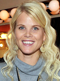 Elin Nordegren to Spend Holidays in Sweden Without Tiger - elin-nordegren-3-240