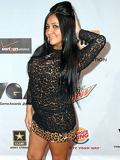 Snooki Gets Into Another Bar Fight