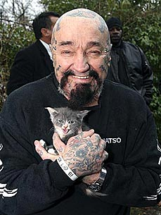 Tattooed Heroes! Bikers Save Hoarded Cats