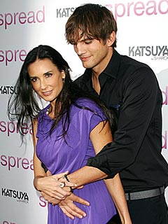 Ashton Calls Demi Moore's Beauty 'A Magic Thing'