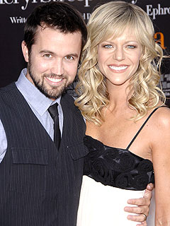 Kaitlin Olson, Rob McElhenney Welcome a Son