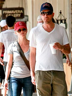 Jim Toth, Reese Witherspoon Not Engaged