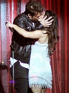 Fergie & Josh Duhamel Ring in 2010 Kissing in Vegas