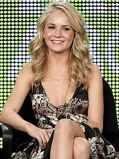 5 Things to Know About Life Unexpected's Britt Robertson