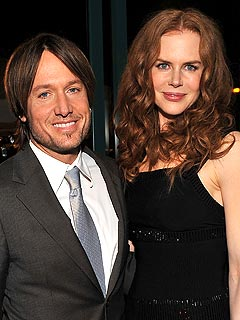 Nicole Kidman Cheers on Her Hubby in Concert