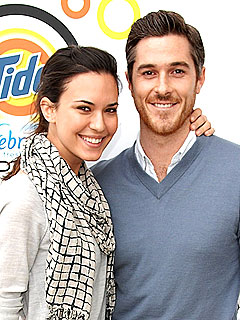 Dave Annable and Odette Yustman Are Engaged!