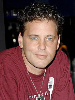 Corey Haim Dies at Age 38