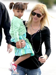 PHOTO: Elin Nordegren Spends Girl Time with Daughter Sam