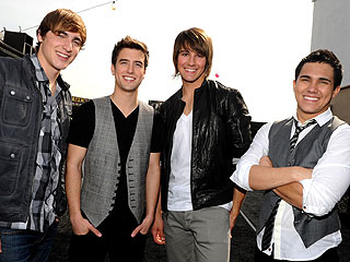 The Boys of Big Time Rush Expect Stars, Slime at Kids' Choice Awards