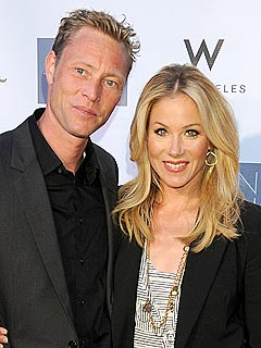 Christina Applegate Is Getting Married!
