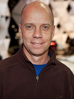 Scott Hamilton Resting Comfortably after Brain Surgery
