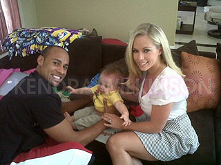 Kendra Wilkinson and Hank Baskett Are 'Just Fine,' Says Source