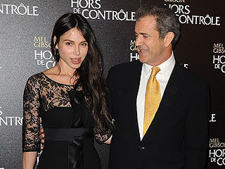 Police Investigating Mel Gibson&#39;s Extortion Claims Against Oksana