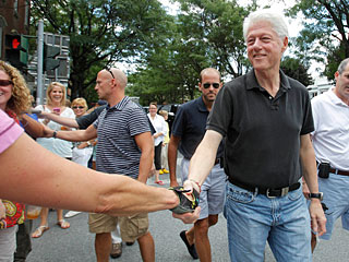 Bill Clinton Arrives in Rhinebeck for Chelsea's Wedding
