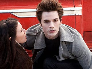 Edward Cullen Strips Down in Twilight Spoof Film