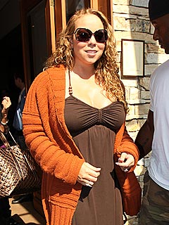 Mariah Carey Home from Hospital After Contractions
