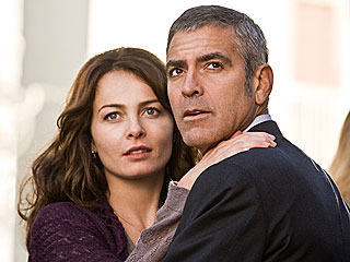 Costar Dishes on Steamy Sex Scene with George Clooney