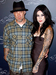 Jesse James & Kat Von D Share a Kiss-Filled Lunch