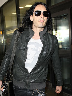 Russell Brand Is in the Clear for Paparazzo Incident &#8211; Sort of