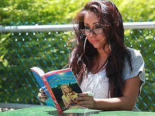 Snooki Is Writing a Book