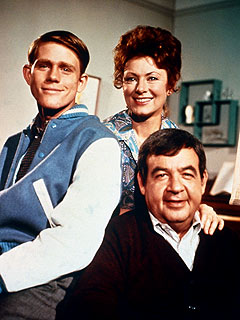 Tom Bosley Was a Wonderful Happy Days Dad, Says Ron Howard