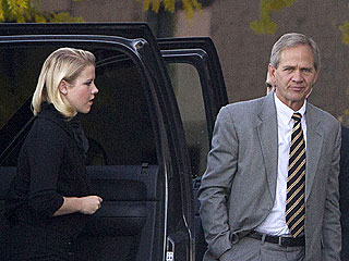 Elizabeth Smart Kidnapping Trial on Hold
