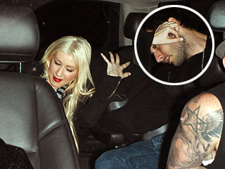 PHOTO: Christina Aguilera Tries to Keep New Love Interest Under Wraps